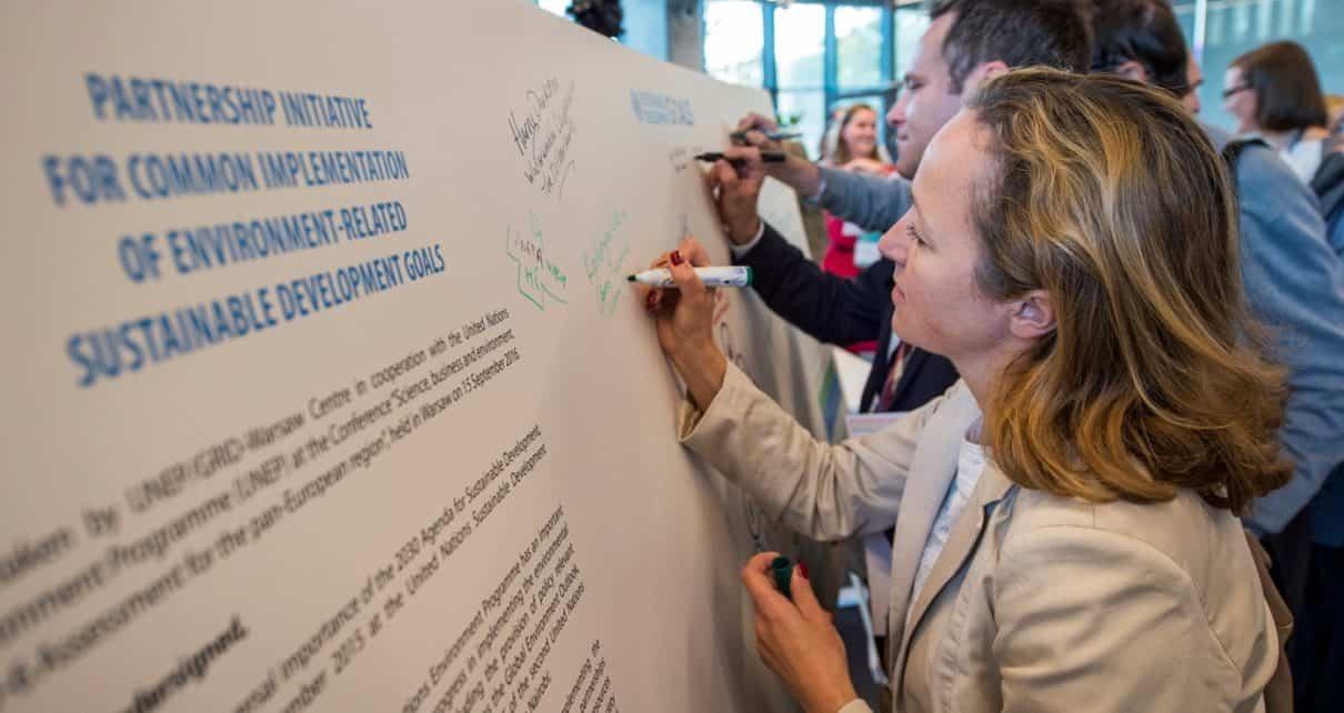 """""""Nauka, biznes i środowisko. Raport GEO-6 dla regionu paneuropejskiego"""""""