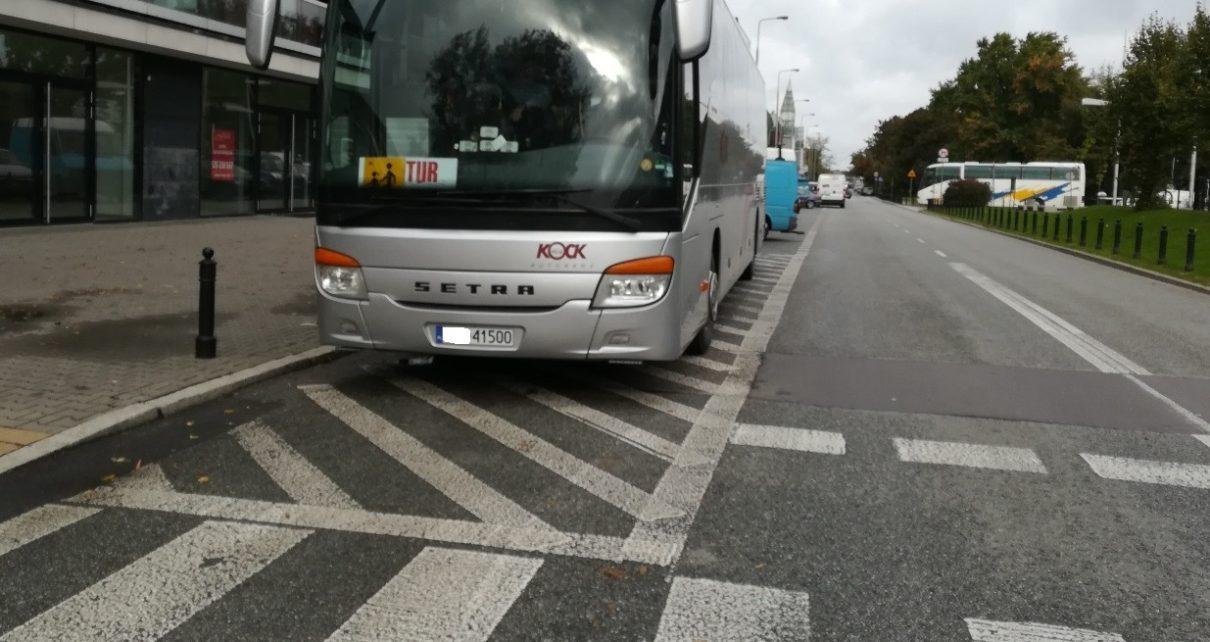 10 metrów - Nielegalne parkowanie